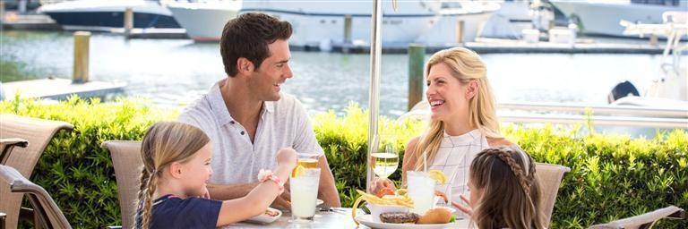 marina-dining-and-entertainment