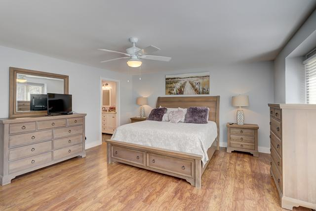 1-Harleston-Green--Master-Bedroom-12908-big.JPG