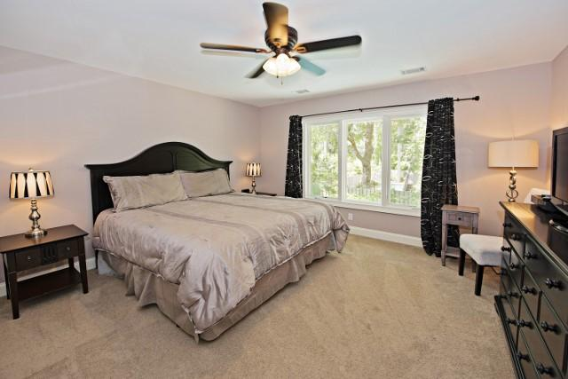 10-Surf-Scoter---Master-Bedroom-11849-big.jpg