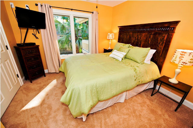 10-Surf-Scoter-Second-Queen-Bedroom-3133-big.jpg