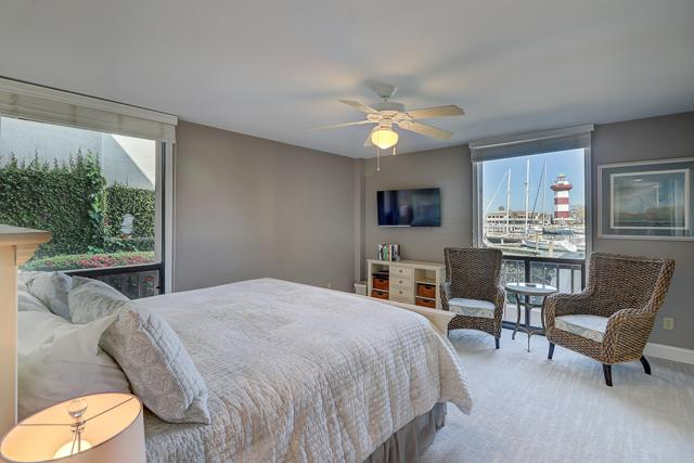 1020-Caravel-Court---Master-Bedroom-13262-big.jpg