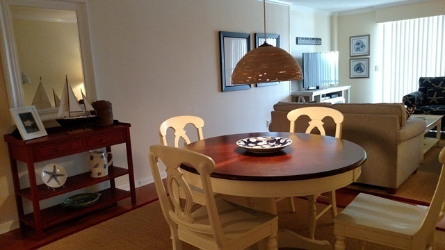 1037-Caravel-Court---Dining-Area-1343-big.jpg