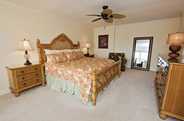 1042-Caravel-Court--Master-Bedroom-9386-big.jpg