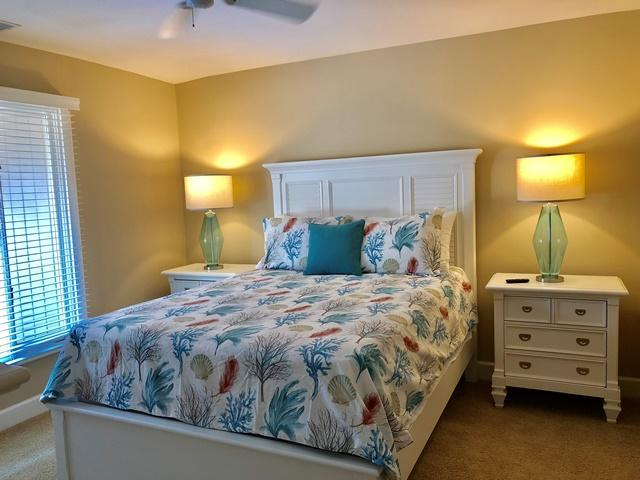 11-Ridgewood-Lane----Queen-Bedroom-12314-big.jpg