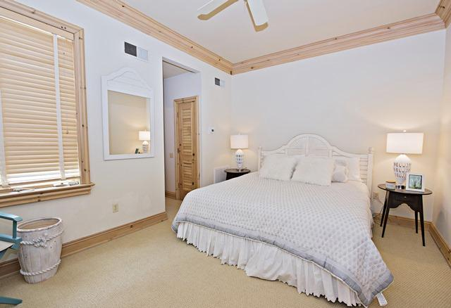 11-Windjammer-Court---2nd-Flr-King-Bedroom-12149-big.jpg