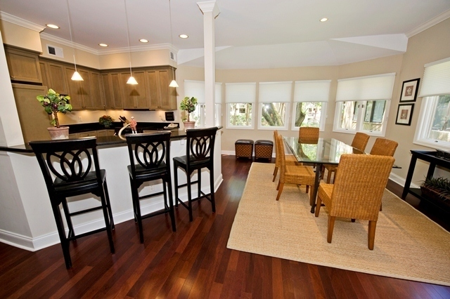 1107-Harbour-South-Club---Kitchen-to-Dining-Room-7515-big.jpg