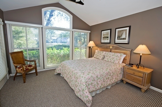 12-Baynard-Cove---Master-Bedroom-7347-big.jpg