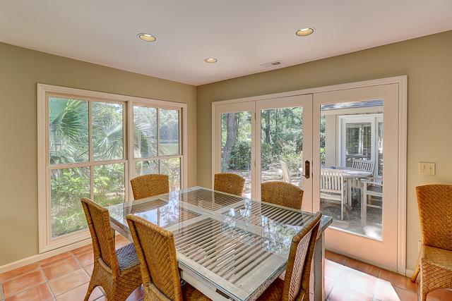 12-Baynard-Cove--Dining-Area-13483-big.jpg