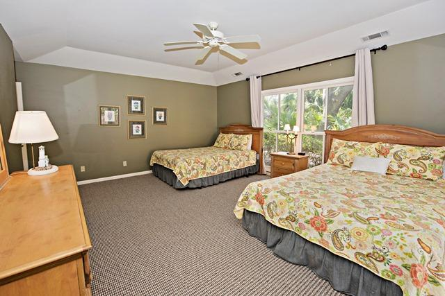 12-Baynard-Cove--Guest-Bedroom-2.-7350-big.jpg