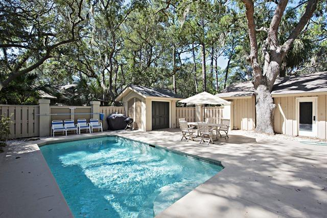 12-Baynard-Cove--Pool-7512-big.jpg