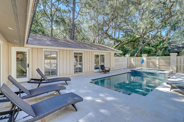 12-Baynard-Cove-Private-Pool-with-Spa-13501-big.jpg