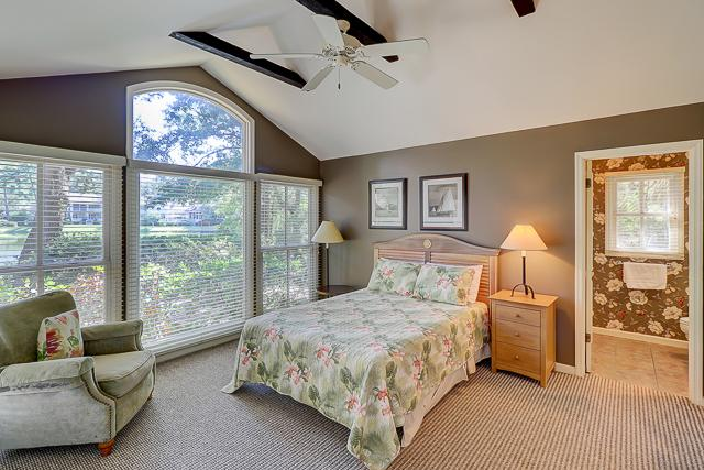 12-Baynard-Cove-Queen-Bedroom-13491-big.jpg