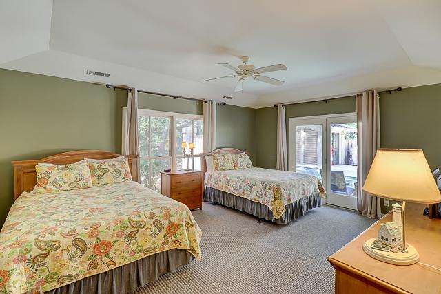 12-Baynard-Cove-Two-Queen-Bedroom-13495-big.jpg
