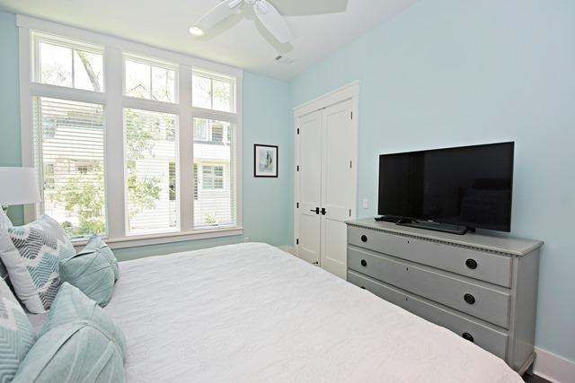 12-Seaside-Sparrow----1st-Floor---Second-King-Bedroom-10970-big.jpg