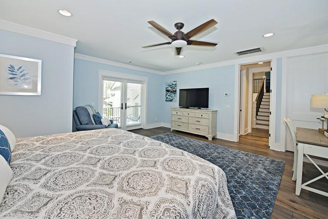 12-Seaside-Sparrow----2nd-Floor---King-Bedroom-10973-big.jpg