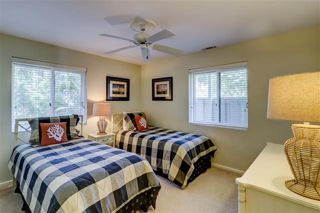 13-Spotted-Sandpiper---2nd-Twin-Bedroom-16015-big.jpg