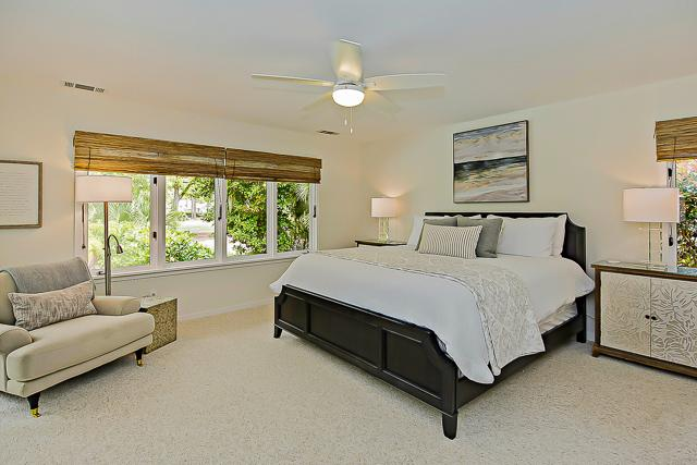 14-Turnberry-Lane-Master-Bedroom-13426-big.jpg