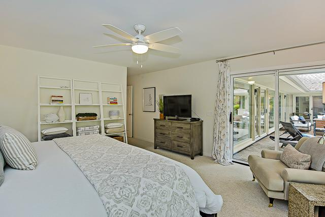 14-Turnberry-Lane-Master-Bedroom-13427-big.jpg