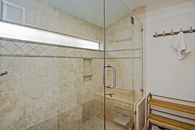 14-Turnberry-Lane-Master-Shower-13429-big.jpg