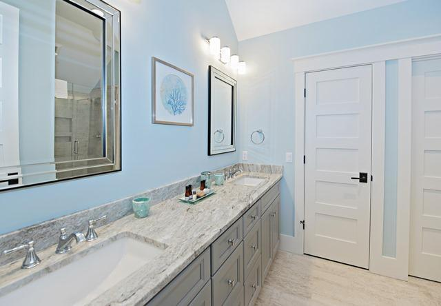 147-North-Sea-Pines-Drive----3rd-King-Bathroom-10562-big.jpg