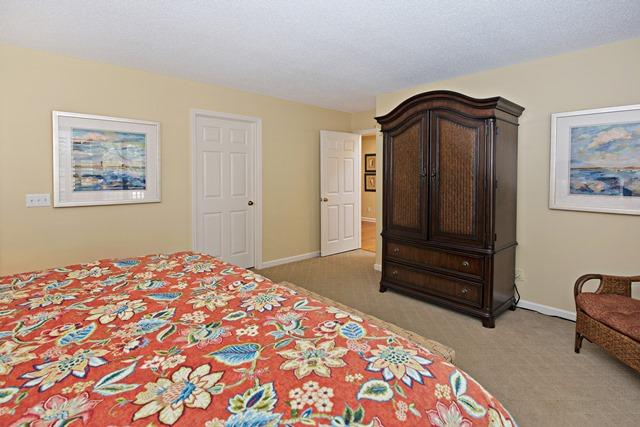 148-North-Sea-Pines-Drive----Master-Bedroom-11494-big.jpg