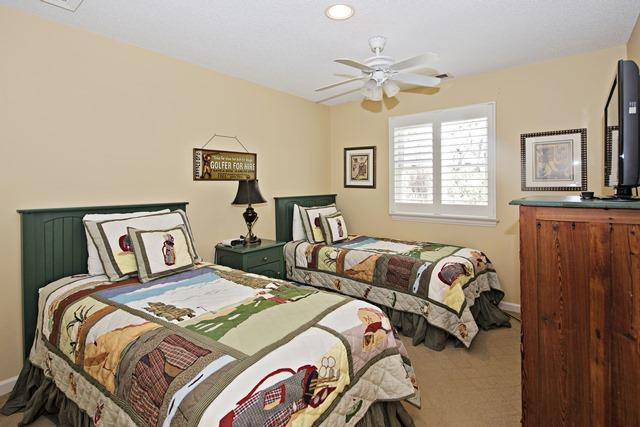 148-North-Sea-Pines-Drive---Second-Twin-Bedroom-11502-big.jpg