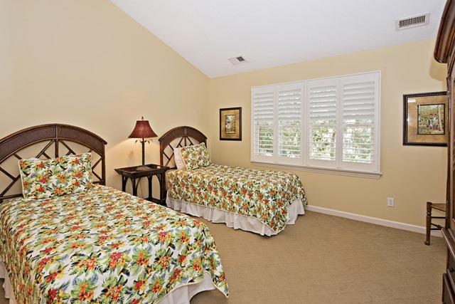 148-North-Sea-Pines-Drive---Twin-Bedroom-11500-big.jpg