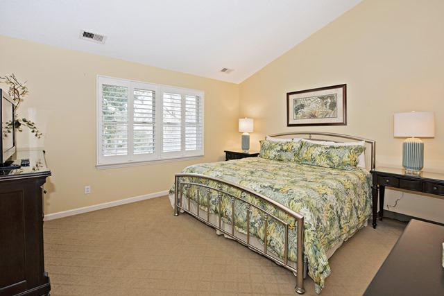 148-North-Sea-Pines-Drive--Third-King-Bedroom-11499-big.jpg
