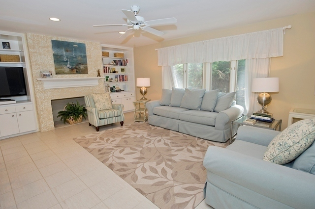 15-South-Beach-Lane---Living-Room-7791-big.jpg