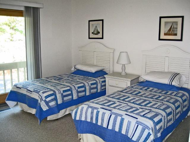 1613-Port-Villas---Twin-Bedroom-9945-big.jpg
