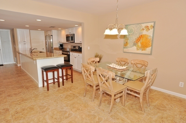 1617_Port_Villas_Dining_Room1617pv104_big.jpg