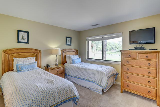 17-Windjammer-Court-Twin-Bedroom-13705-big.jpg
