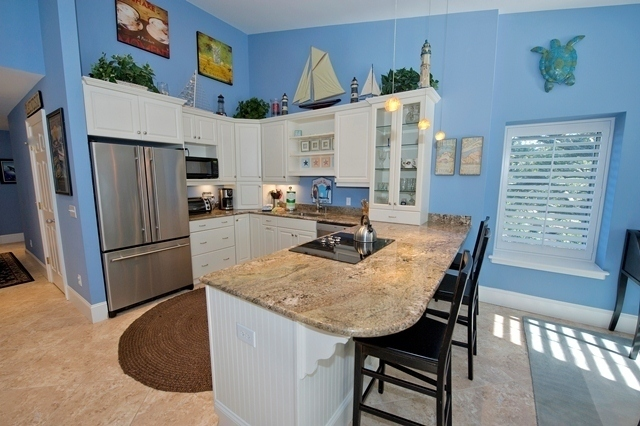 1716-Bluff-Villas---Kitchen-6926-big.jpg
