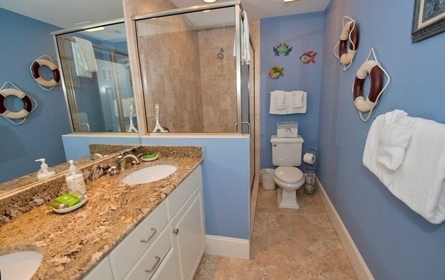 1716-Bluff-Villas---Master-Bathroom-6928-big.jpg