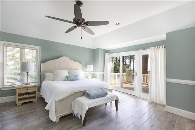 18-Bald-Eagle-Rd-OceanDunes---Master-King-Suite-with-Ocean-View-and-Private-Deck--16912-big.jpg