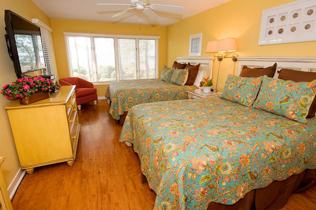 1826-Beachside-Tennis---Guest-Bedroom-7206-big.jpg