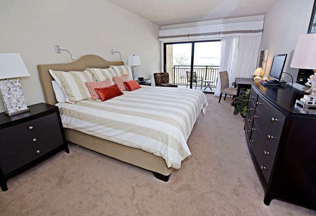 1857-Beachside-Tennis---Master-Bedroom-3461-big.jpg