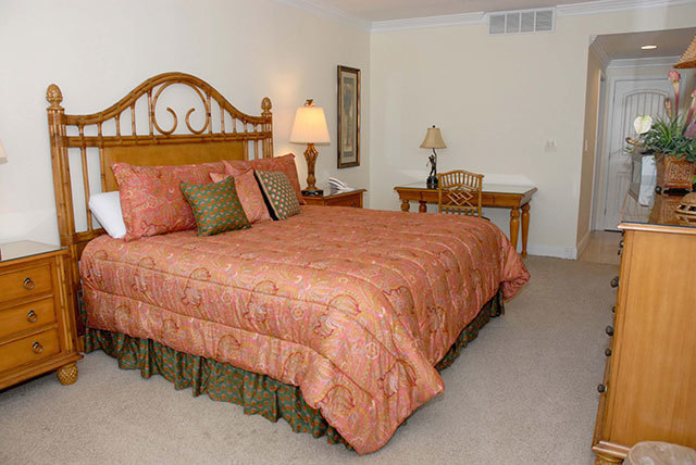 1885-Beachside-Tennis-Master-Bedroom-3555-big.JPG