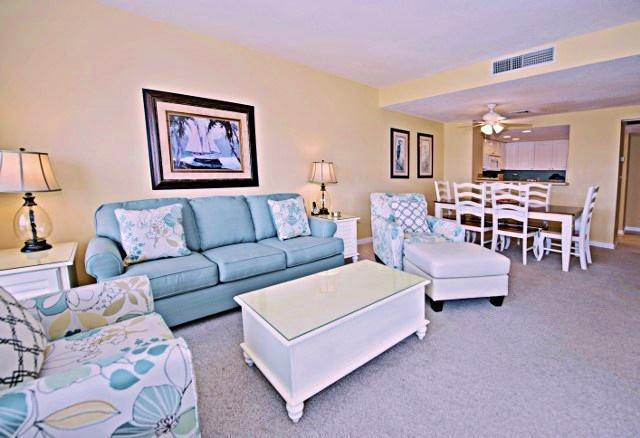 1892-Beachside-Tennis---Living-Room-9949-big.jpg