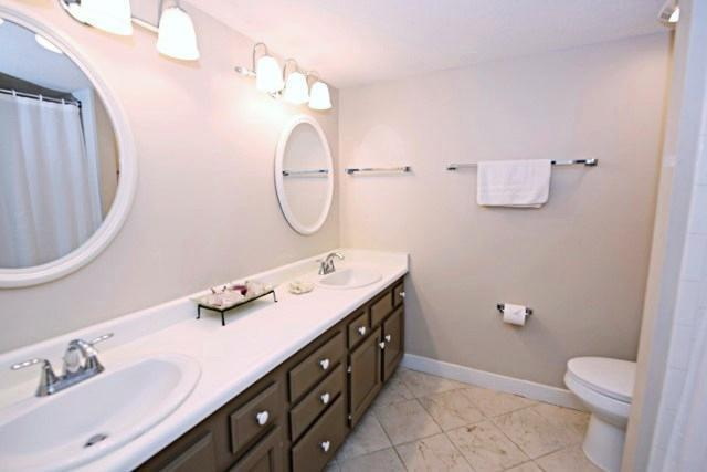 1892-Beachside-Tennis---Master-Bathroom-9953-big.jpg