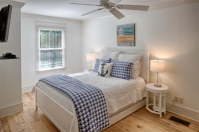19-Atlantic-Pointe---Queen-Bed-with-Twin-Trundle-16293-big.jpg