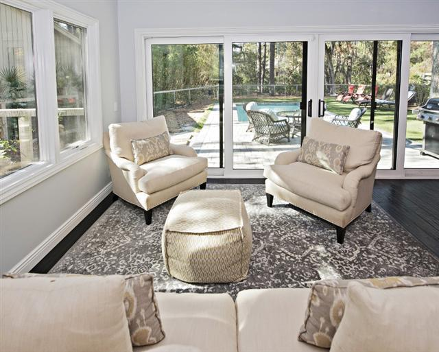 2-Cannon-Row---Sitting-Area-Overlooking-the-Pool-9805-big.jpg