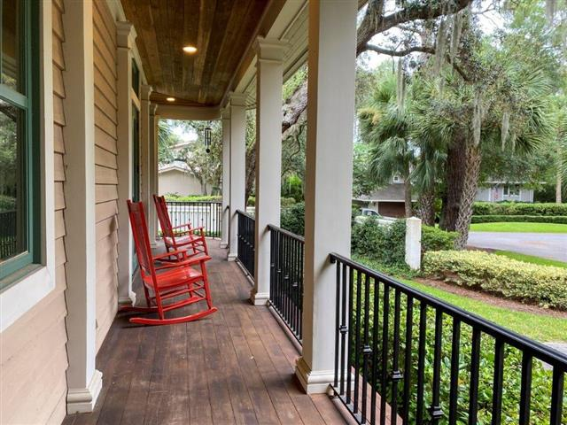 2-Green-Wing-Teal-Front-Porch-18545-big.jpg