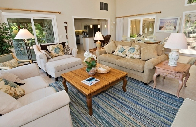 2-Gull-Point---Living-Room-7542-big.jpg