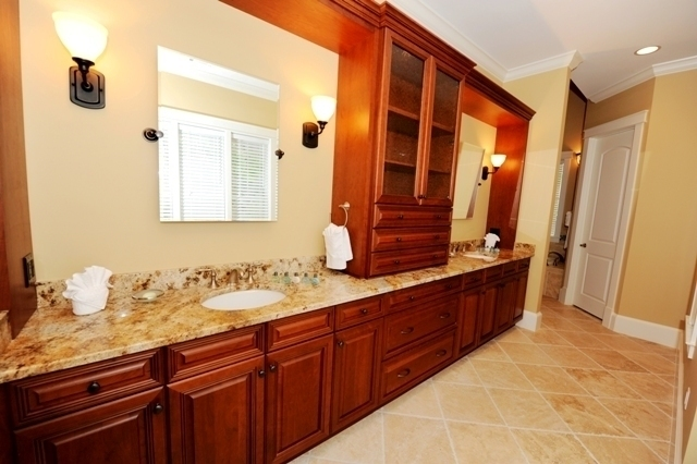 2-Marsh-Island-Master-Bathroom-2809-big.jpg