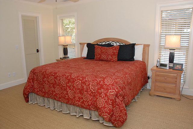 2-Muirfield-Master-Bedroom-2269-big.JPG