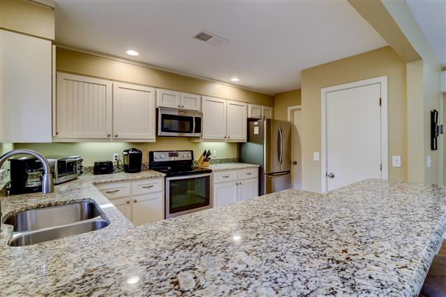 20-Ruddy-Turnstone-----Kitchen-15511-big.jpg