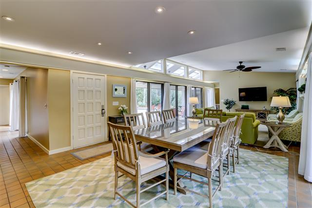 20-Ruddy-Turnstone---Dining-Room-15507-big.jpg