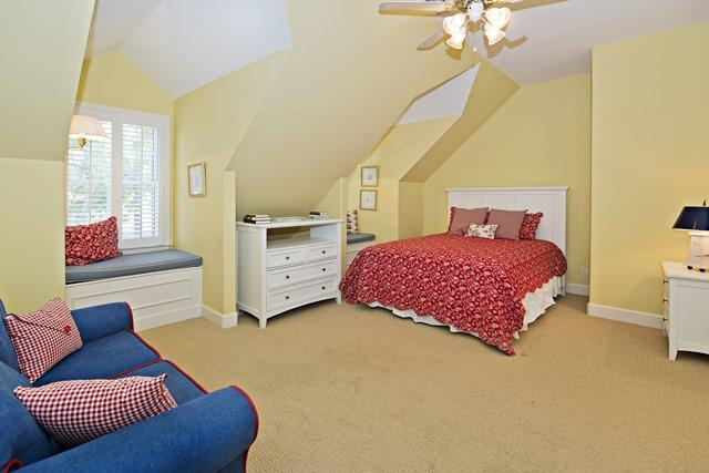 20-Windjammer-Court---2nd-Flr-Queen-Bedroom-10912-big.jpg