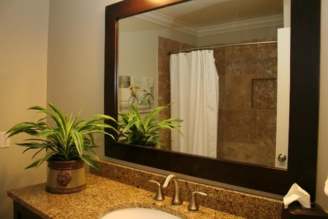 210-Twin-Oaks---Twin-Bathroom-12132-big.jpg